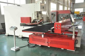 CNC delme makinesi, sac / profiller için CNC punch press